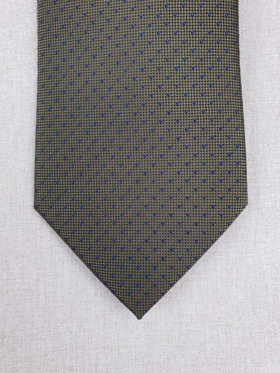 Corbata de seda color verde caqui con topos o lunares azules