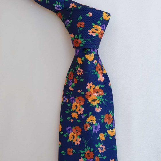 corbata de flores liberty